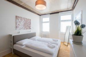 stay4business | Wohnen auf Zeit | voll moeblierte Wohnung in Mannheim | Schlafzimmer