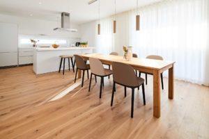 stay4business   Wohnen auf Zeit   voll moebliertes Haus in Nussloch   Essplatz